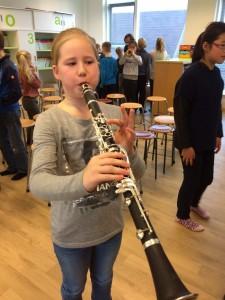 Leerling van 't Span Den Oever speelt klarinet
